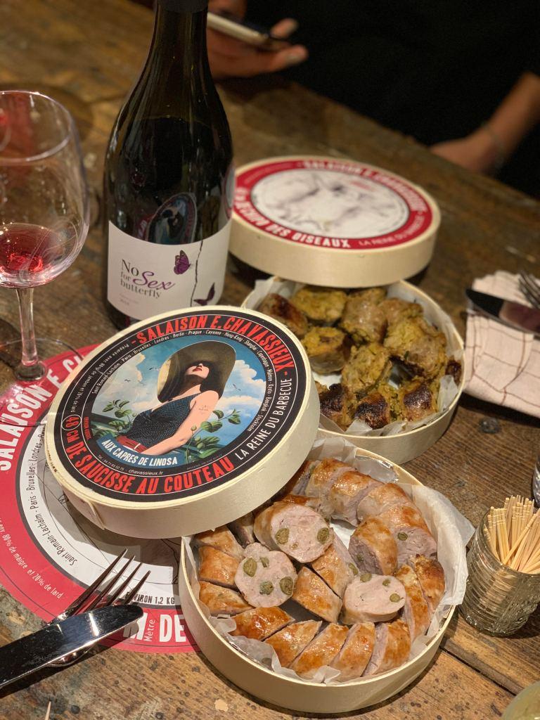 Le mythique plat saucisse purée revisité chez Bouillon Baratte à Lyon